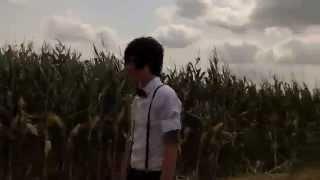 Смотреть клип Boy Epic - Bonnie