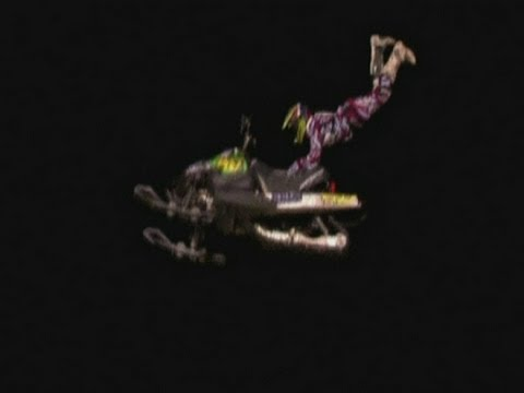 SNOWMOBILE JUMPING: Extreme sports stunts in Chicago
