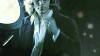 Watch Warren Zevon Backs Turned Looking Down The Path video
