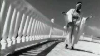 BeBe & CeCe Winans - Addictive Love -  Music Video