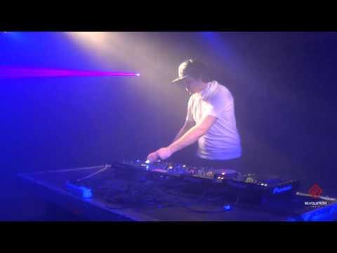 Gvozd - #WELOVE Drum&Bass 14.02.2014 [Revolution Radio]