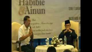 Bedah Buku HABIBIE & AINUN (1/2)
