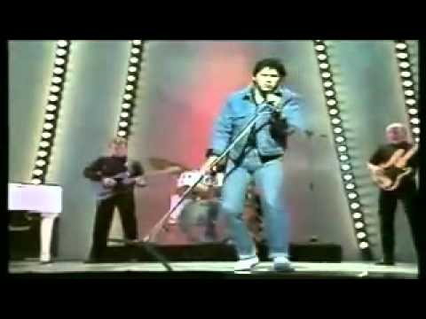 Shakin Stevens   Oh Julie   1982   Childrens Royal Variety   YouTube