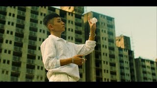 Gambar cover 사이먼 도미닉 (Simon Dominic) - 'ya ain't gang (Feat. JayAllDay & SIMO of Y2K92)' Official M/V (ENG/CHN)