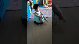 20170706 로봇청소기와 아기(뽀시래기시절)