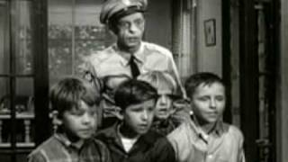 The Andy Griffith Show -  Andy Discovers America ( Part 2 of 3 )