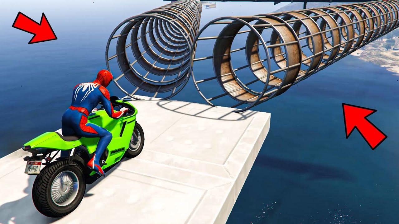 Spiderman ki Pipe se Stunt Race - Spider-man Motorcycle Parkour Challenge in GTA 5