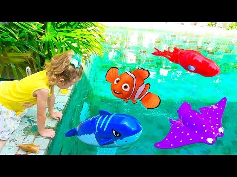 Milusik plays With Wild Animals in Blue Pool Water Shark Toys For Kids