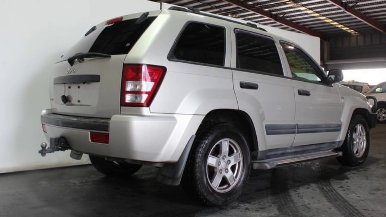 2007 jeep grand cherokee wh laredo (4x4) gold 5 speed automatic