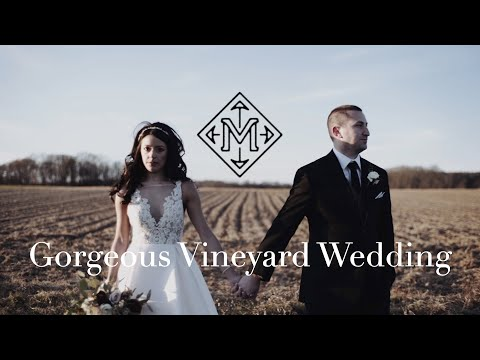 beautiful-wedding-at-the-vineyards-on-eastern-long-island-|-the-vineyards-at-aquebogue