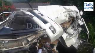 Two Australians killed, two more injured in expressway accident