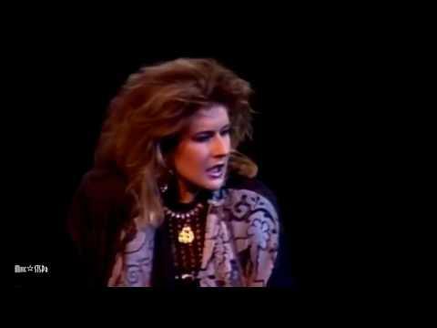 Valerie Dore  -  It's So Easy