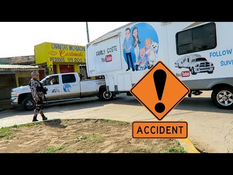 ON A EU UN ACCIDENT AVEC LA CARAVANE AU MEXIQUE ☹️ - Family Coste