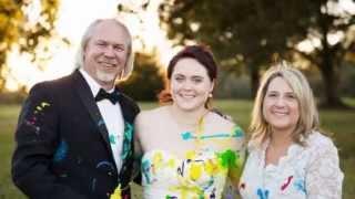 Брошенная невеста устроила вместо свадьбы вечеринку