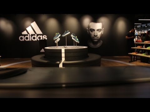 Xavi meet & greet adidas store in  Landmark Mall Doha