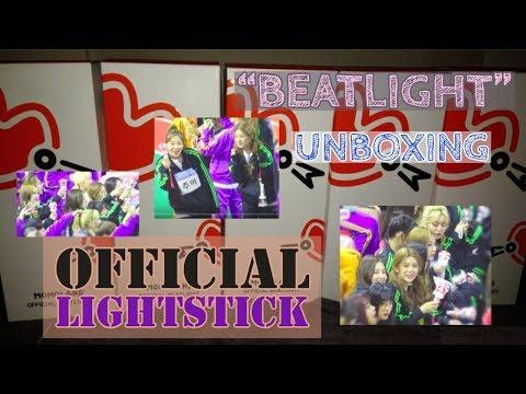 momoland-[모모랜드]-'beatlight'-official-lighstick-unboxing-video