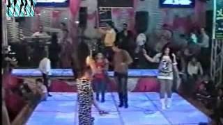 راقصه مثيره جدا تشبه الراقصه صافيناز واحلا رقص فى حفلات قناه دلعنى شعبي