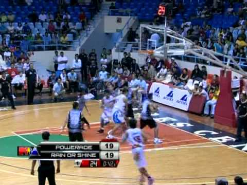 BRGY. GINEBRA JJ HELTERBRAND 7 STRAIGHT POINTS IN THE 4THQ.mp4