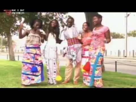 Dinis Costa --video nomi di uru  no programa disco africa na rtp africa
