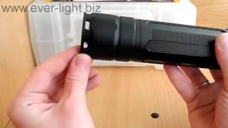 Распаковка и видеообзор аккумуляторного фонаря Fenix RC40
