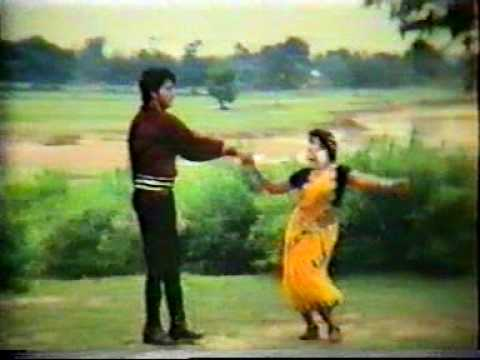 Bangla Movie Song : Beder Meye Josna Aamay...