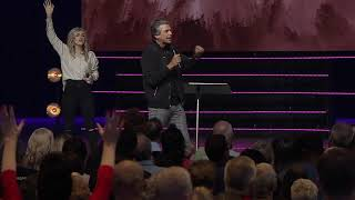 Join us LIVE for our Weekend Services with Pastor Jentezen Franklin