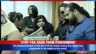 Shiv Sena workers disrupt Pakistani band event