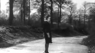 """La Perle,1929.Canta Wisnik,""""Pérolas Aos Poucos"""",2003. Excertos."""