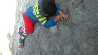 Daru wale kide