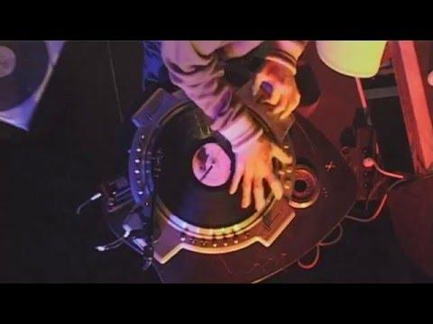DJ Q.Bert : Redstar DJ Live Session