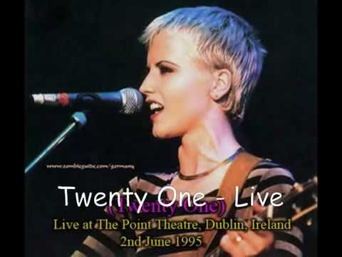 The Cranberries - Twenty One Live at The Point, 1995