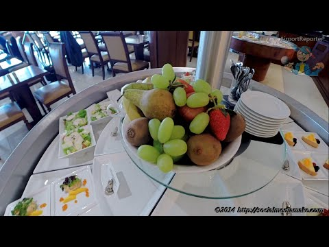 The Emirates Lounge Business Class | London Heathrow T3 | Finally Found My Seat | Flight EK30