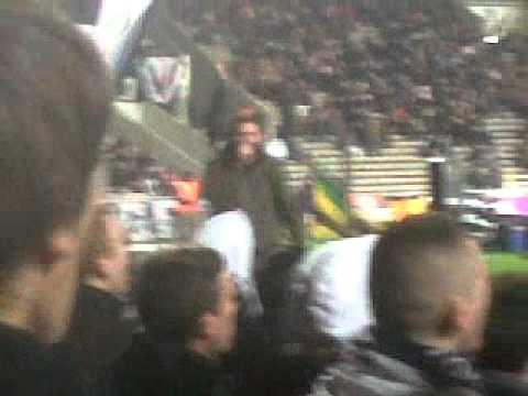 Bordeaux-Sochaux Ultramarines Chantent contre l'arbitre