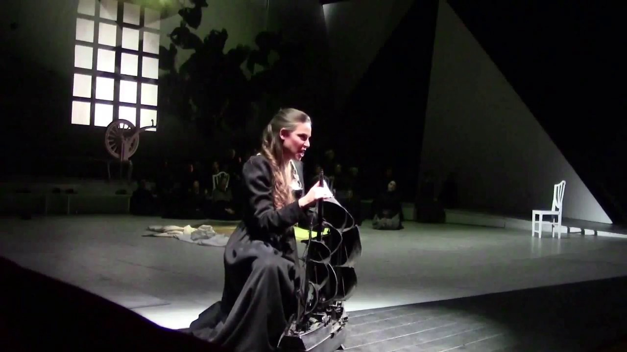 Sentas Ballade -  Tanja Kuhn - Grabenkamera