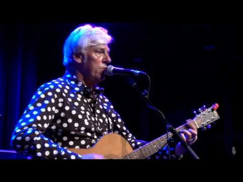 Robyn Hitchcock - My Wife And My Dead Wife (eTown webisode #1018)