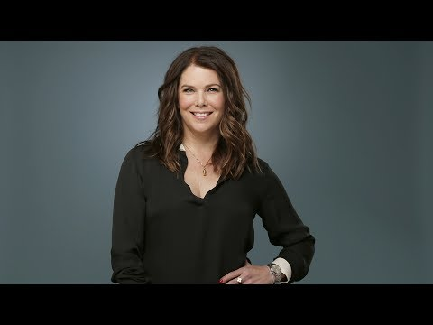 'Gilmore Girls' star Lauren Graham says she and Lorelai overlap 'to a confusing degree'