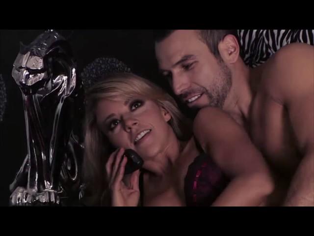 Monica y Aurelio -Despacito-