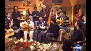 Los Chunguitos - Me quedo contigo (Especial Navidad).flv