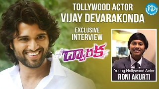 Young Hollywood Actor Roni Akurti Interviews Tollywood Actor Vijay Devarakonda || #DwarakaMovie