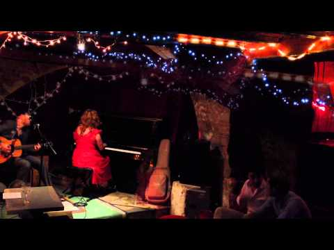 EMILY GRANT live at Le Tennessee Jazz bar   Paris