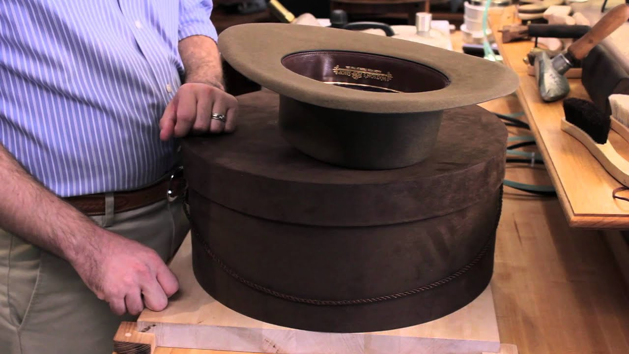 How to Store Your Cowboy Hat : Styling With Hats