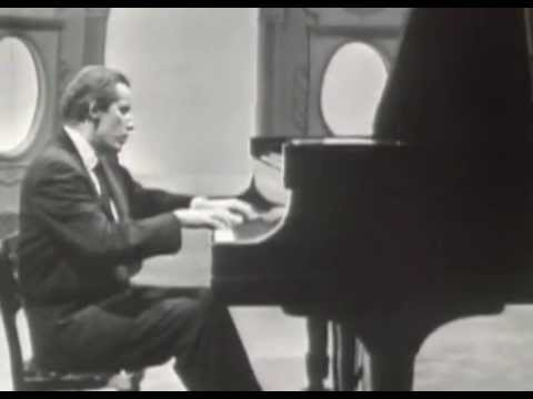 Glenn Gould on television - Richard Strauss, a personal view & The anatomy of the fugue