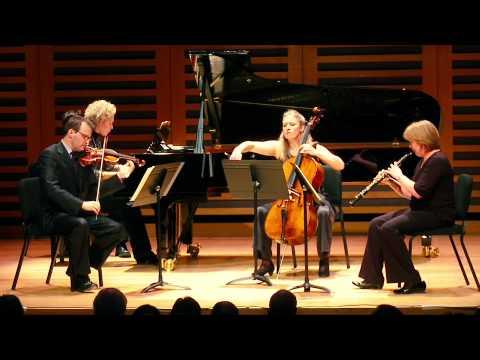 Angell Trio feat. Julia Girdwood (oboe)- Martinu Oboe Quartet