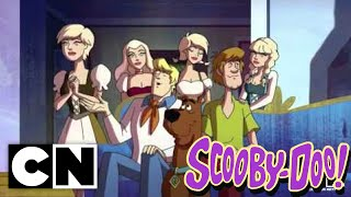 Scooby-Doo! Mystery Incorporated - The Gathering Gloom (Preview) Clip 1