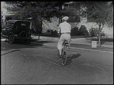 A Little Cycling Before Breakfast with Al St. John (1925)