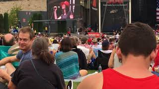 "Edie Brickell & New Bohemians ""Superhero"" (new song) (7/4/18) in Austin, Texas"
