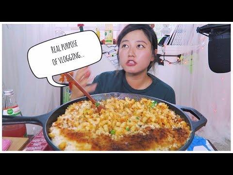 Kimchi Macaroni and Cheese Recipe Mukbang! (social eating)