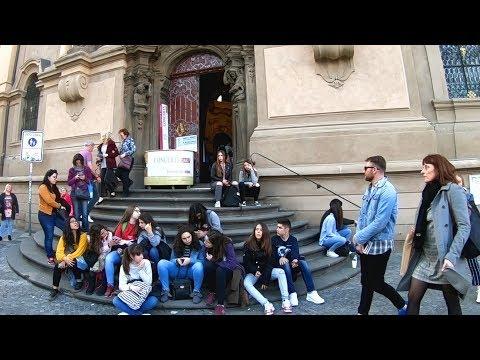 EXPLORING PRAGUE | Walking to the Old Town Square
