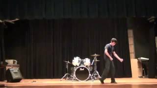 Kraddy | Robot Dance | Santa Showcase 2012