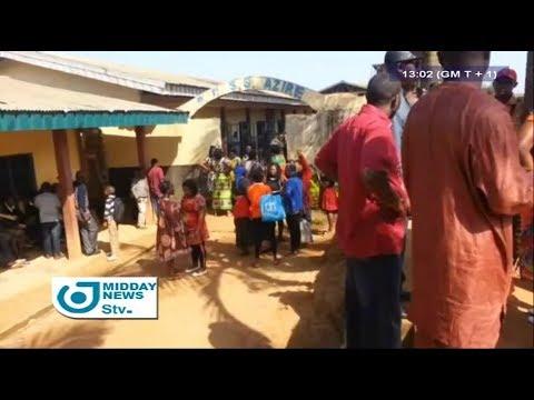 STV MIDDAY NEWS 01:00 PM - (BAMENDA : ARTISANAL BOMB EXPLODED NEAR a SCHOOL) - 20th October 2017